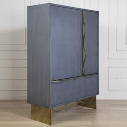Avant Cabinet