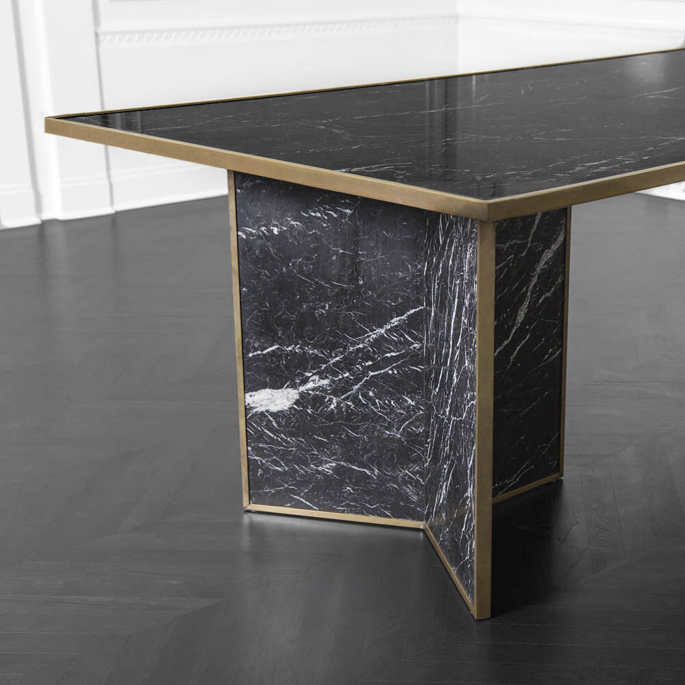 LIAISON DINING TABLE