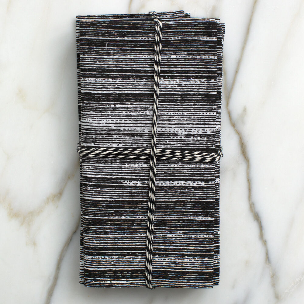 STRIATED DINNER NAPKINS - BLACK