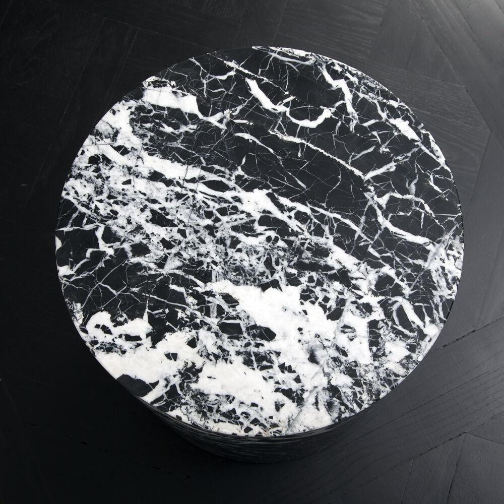 MONOLITH SIDE TABLE - NEGRO