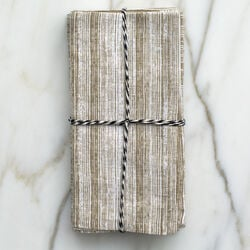 STRIATED DINNER NAPKINS - BEIGE
