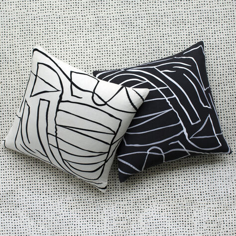 GRAFFITO PILLOW