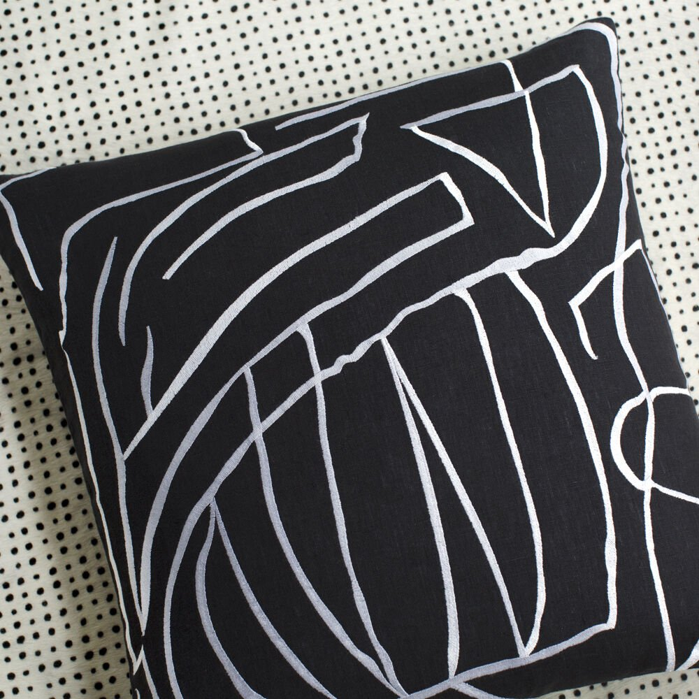GRAFFITO PILLOW EMBROIDERED - BLACK