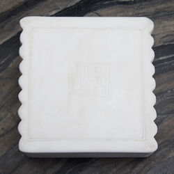 LAUREL RIBBED BOX SQUARE - WHITE