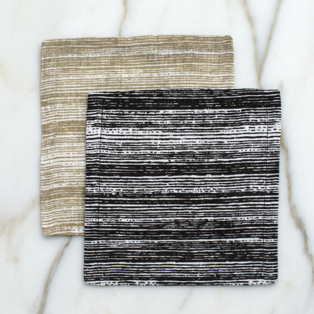 STRIATED COCKTAIL NAPKINS - BLACK