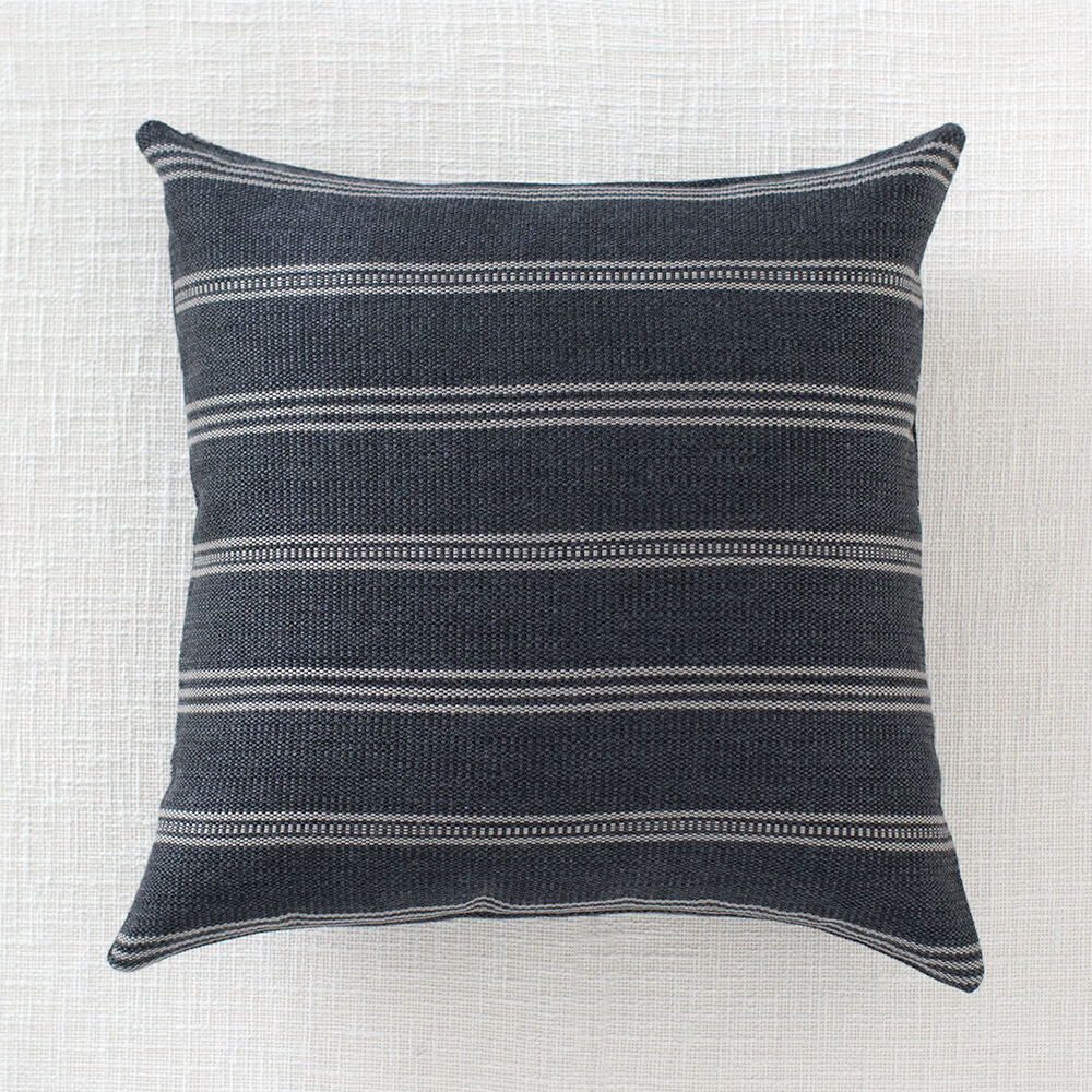 OJAI OUTDOOR PILLOW