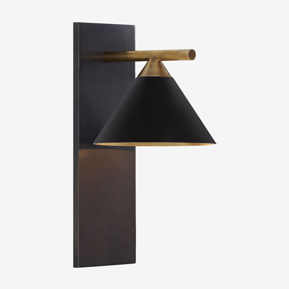 CLEO SCONCE