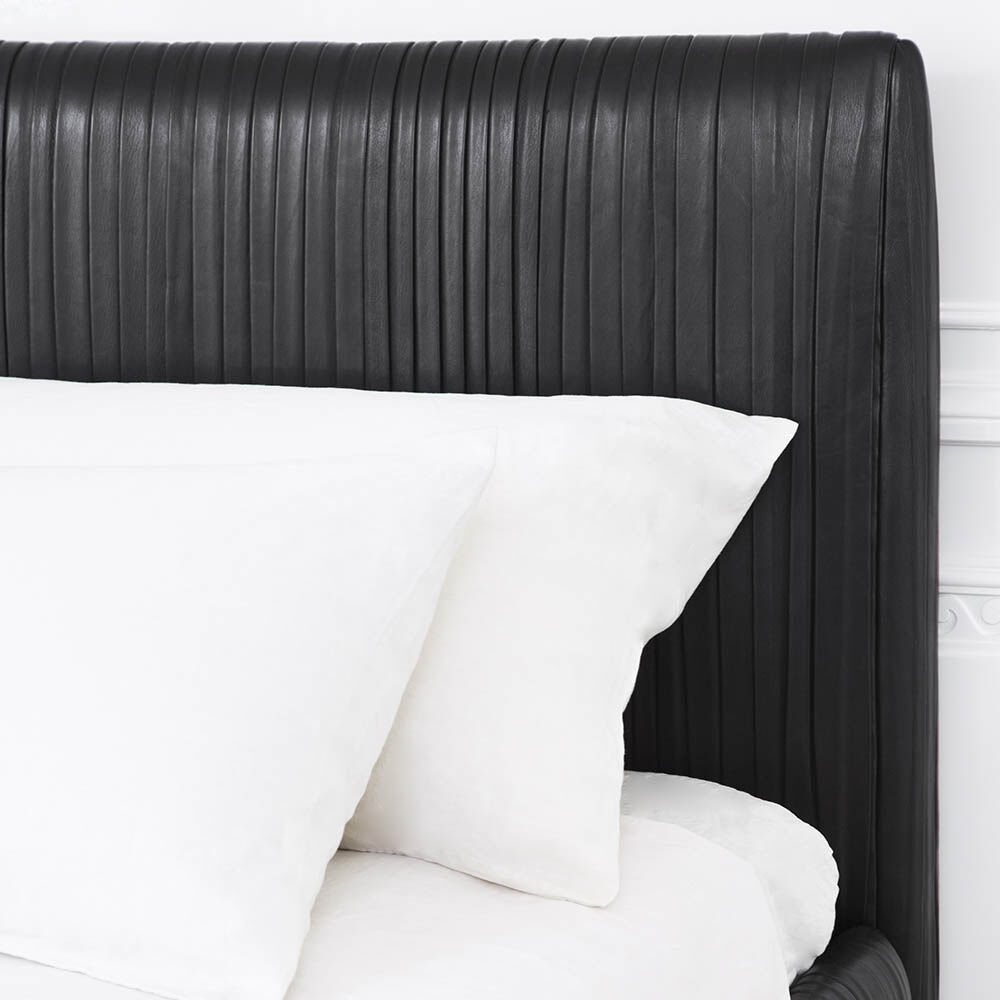 SOUFFLE BED