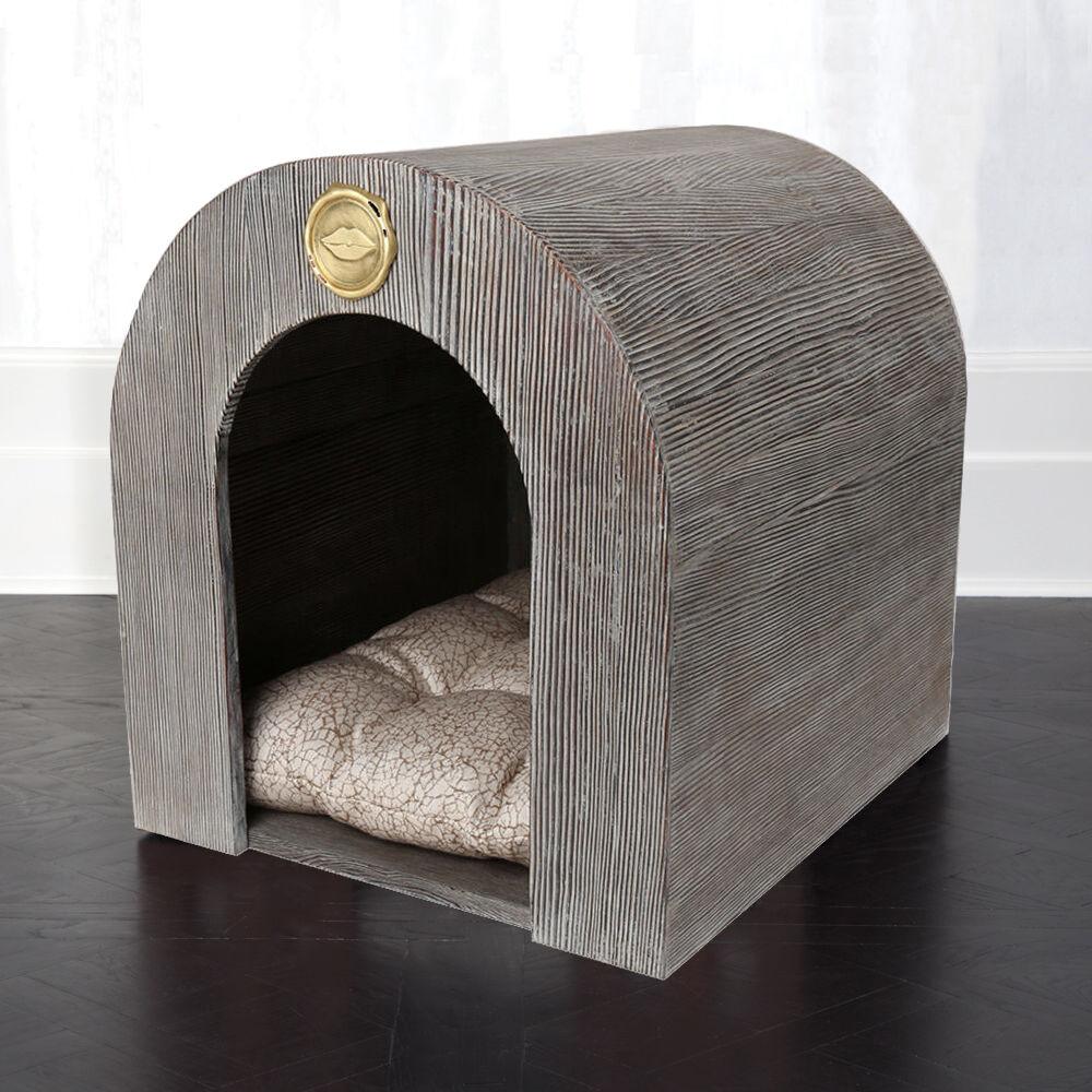 AVANT DOG HOUSE