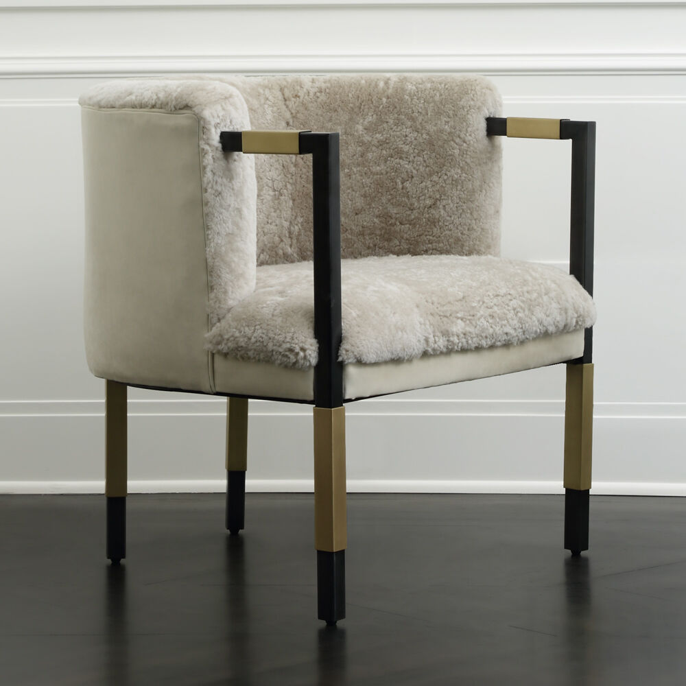 LARCHMONT CHAIR