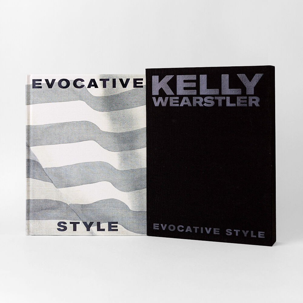 https://www.kellywearstler.com/dw/image/v2/AAJB_PRD/on/demandware.static/-/Sites-kw-master-catalog/default/v1585701294109/images/HBK0303/HBK0303_color.AS_view.1.jpg?sw=1000&sh=1000
