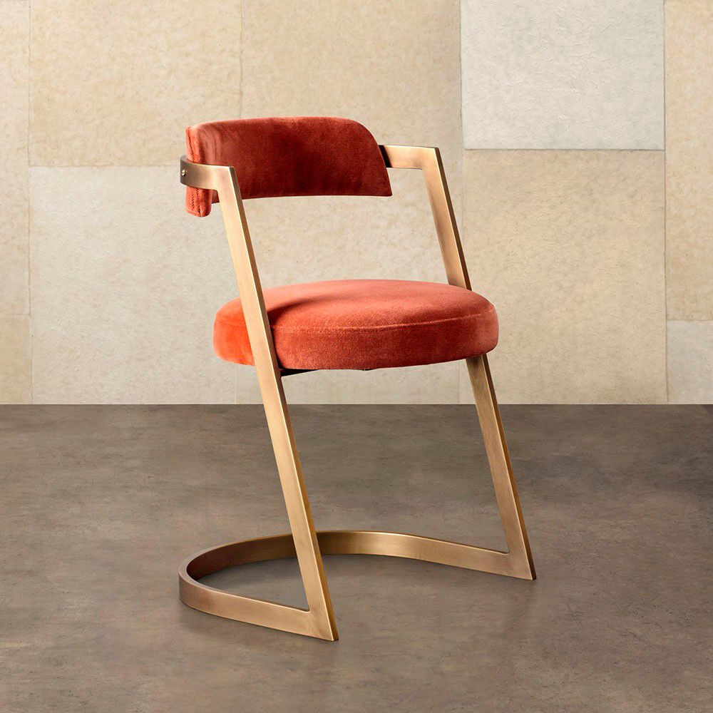 STUDIO DINING CHAIR