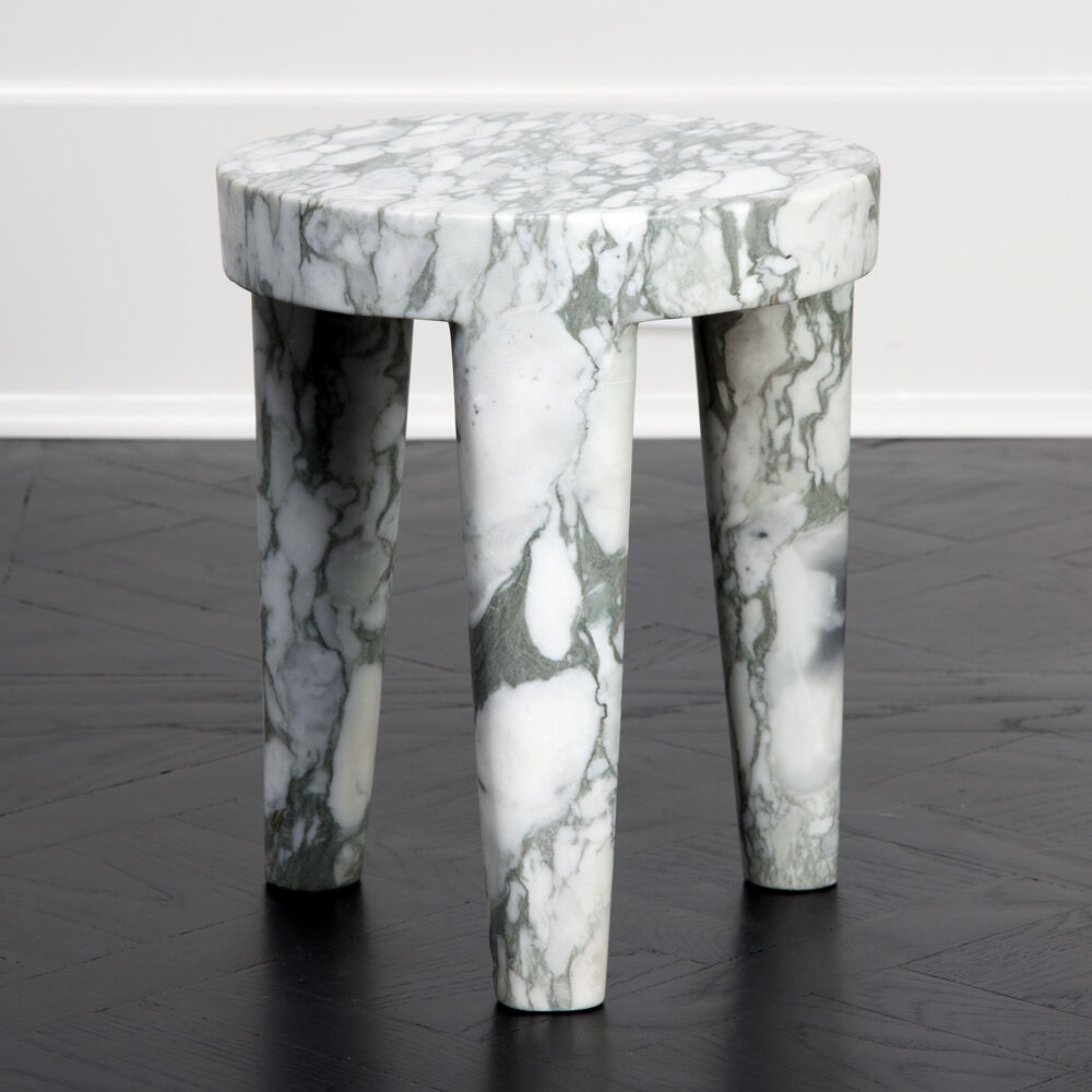 TRIBUTE STOOL SMALL