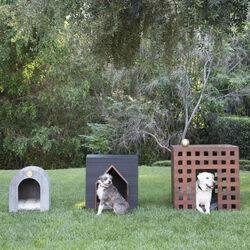 BEAU DOG HOUSE
