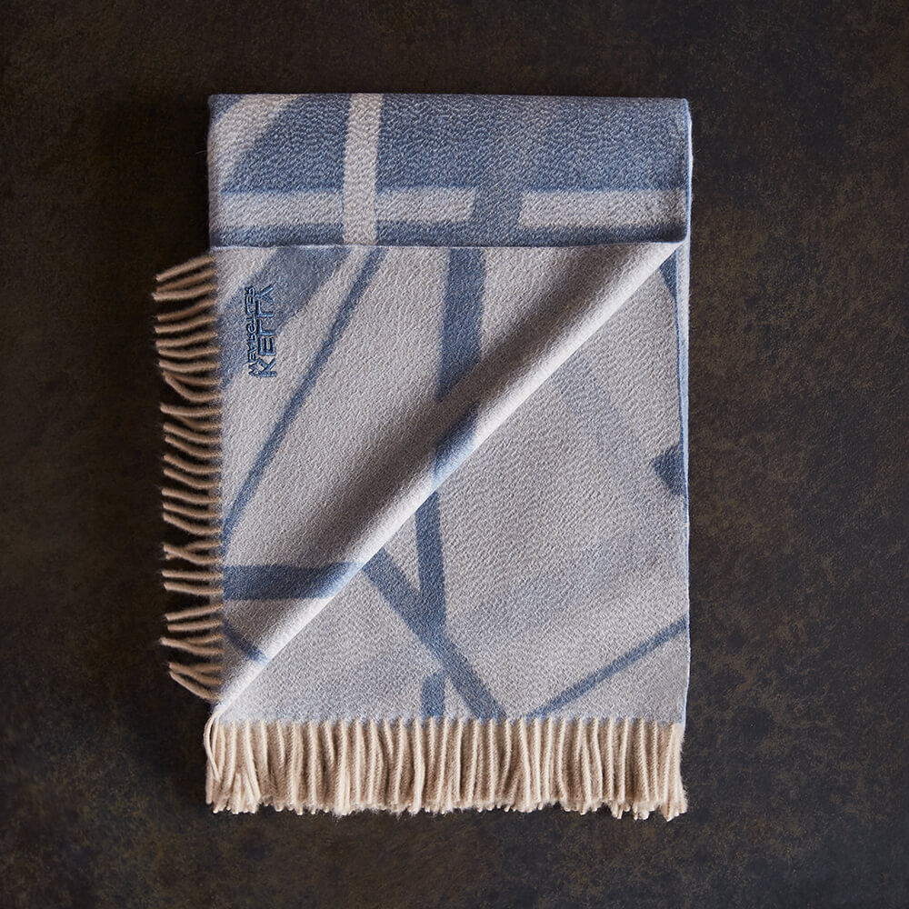 SUPERLUXE CHANNELS THROW