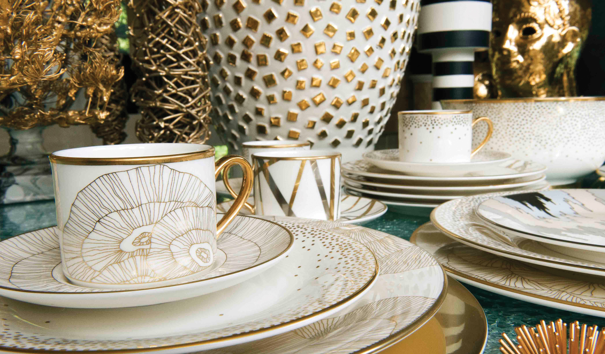 Hillcrest Dinnerware Set